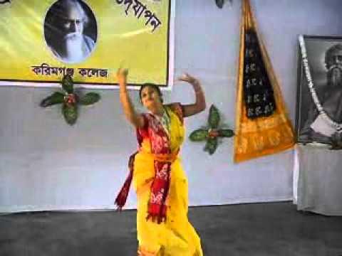 Jayati Chakraborty Eki Labonye Purno Prano - YouTube