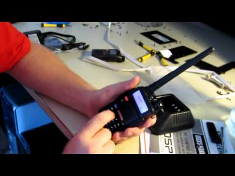 Baofeng UV-5R Unboxing and Operation