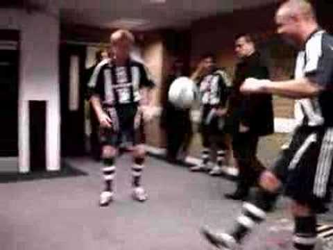 Newcastle United Real Kick Ups in the Tunnel Video
