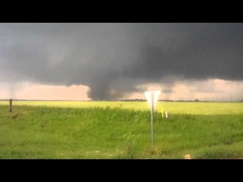 HD Video of Moore, Oklahoma Tornado - May 2013