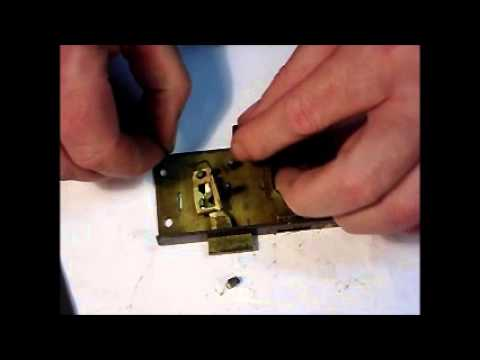 Old Cupboard Lock Repairs Locksmith Oldorf Since 1906 Wmv