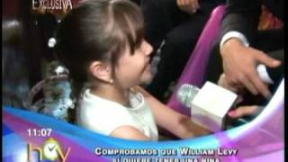 William jugando con Mayita