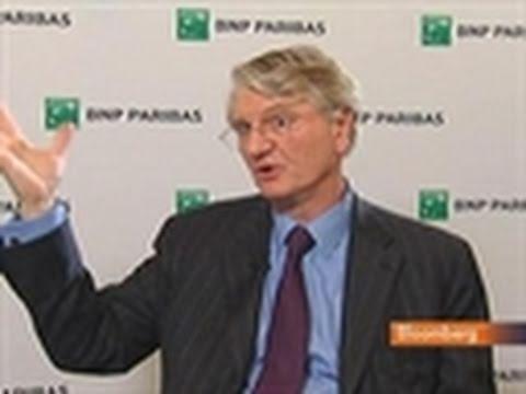 Prot Says BNP Paribas Cutting 2011 Employee Bonus Pool
