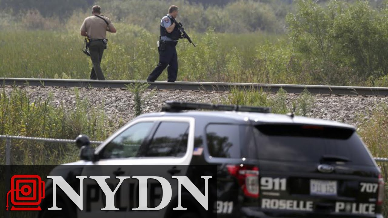 Illinois Police Officer Shot, Prompting Manhunt