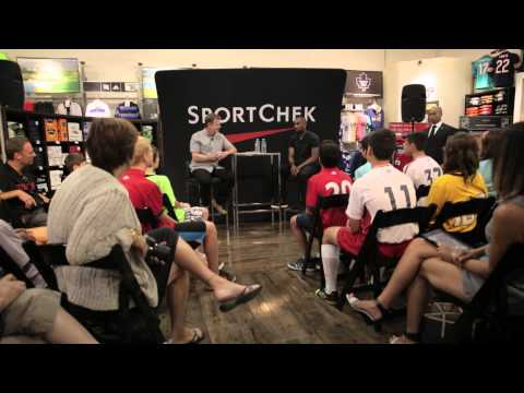 Jermain Defoe: How the Pros Get Ready with Sport Chek