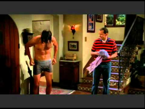Two and a Half Men - Walden gets naked