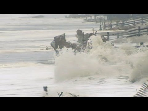 Hurricane Sandy: Super Storm Slams East Coast States