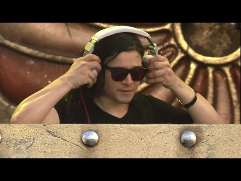 Skrillex - Bangarang (live  Tomorrowland 2014) video