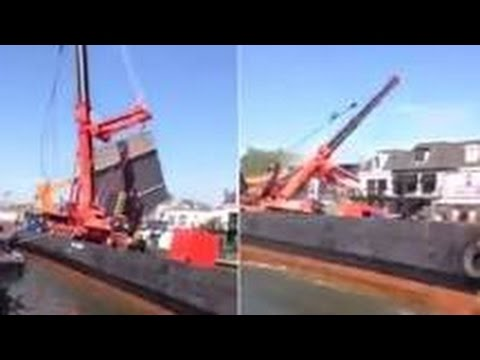 Terrifying Video Shows Dutch Cranes Collapsing on Buildings