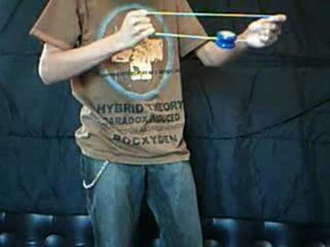 Duncan Dragonfly Butterfly yoyo demonstration