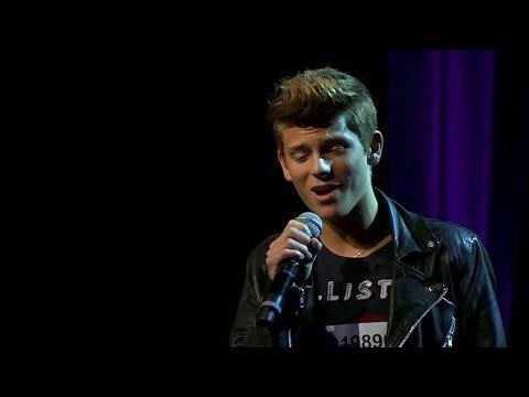 Oliver Knutsson Prövar Sina Vingar I Solosångsmomentet Av Idol 2014 - Idol Sverige (tv4) video