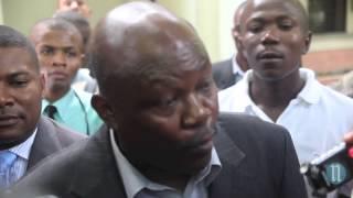 VIDEO: Haiti - Juge Lamarre Belizaire pare pou Aristide, Li pa Vini