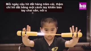 Cậu bé 8 tuổi cơ bắp cuồn cuộn, võ công như Lý Tiểu Long Media