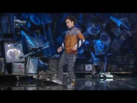 El Mejor Baile Robot Del Mundo (the Best Robot Dance). Tenes Que Verlo!!! video