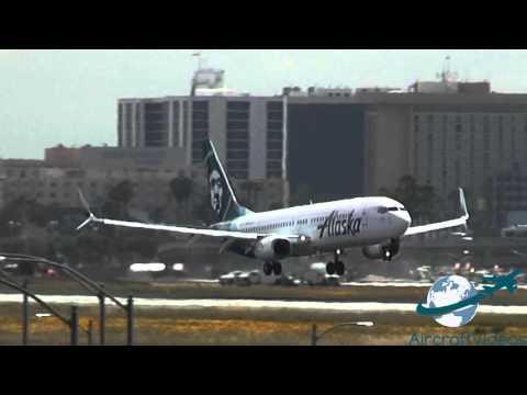 Alaska Airlines 737-890 [N563AS]