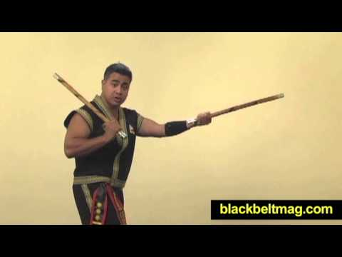 Kali Sticks Video: Filipino Fighting Arts Master Julius Melegrito Demonstrates Sinawali Basics Image 1