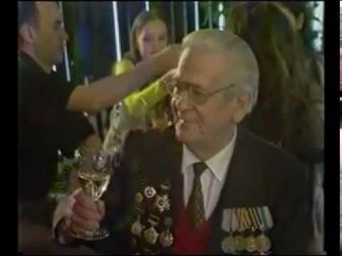Геннадий Жаров  - Петрович