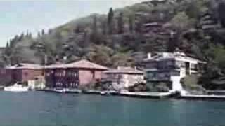 Watch Dario Moreno Istanbul video