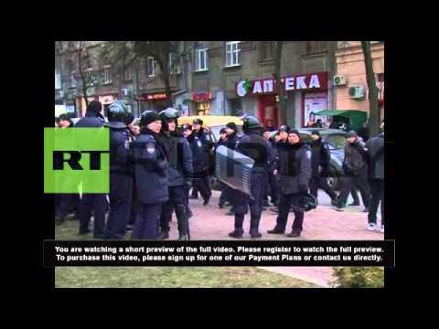 Ukraine: Kharkiv protests for Russians in Crimea