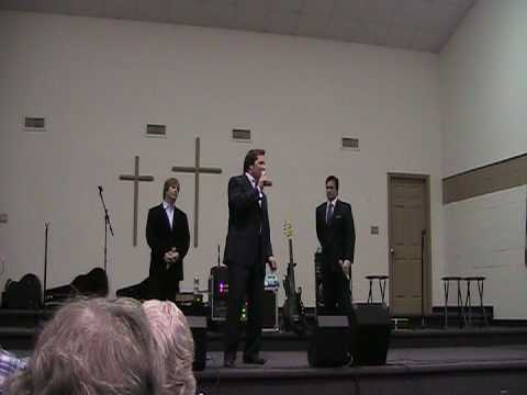 The Booth Brothers sing Im the Lamb