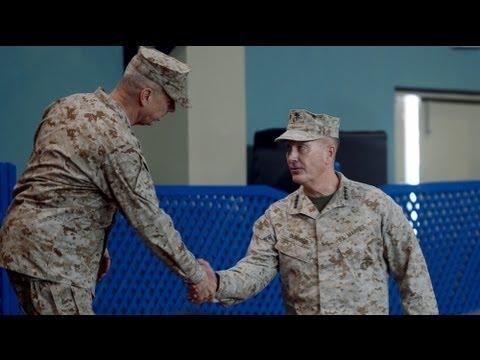 General Joseph Dunford assume comando da missão da NATO no Afeganistão