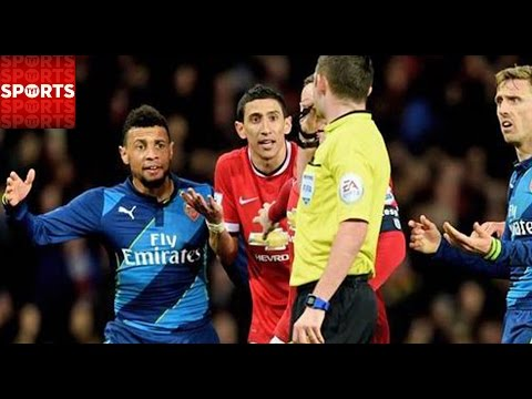 Danny Welbeck Leads Arsenal, Di Maria Red Card Crushes United
