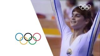 Nadia Comaneci - First Perfect 10  Montreal 1976 Olympics