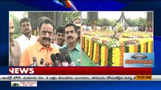 Jr NTR, Harikrishna pays tribute to Sr NTR