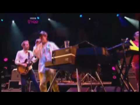 Hot Chip - Ready For The Floor (Glastonbury 2010)
