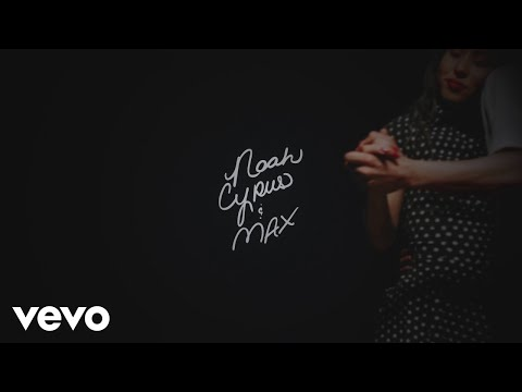 Noah Cyrus & MAX - Team (Lyric Video)