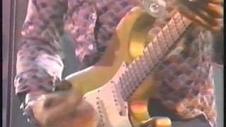 Watch Lenny Kravitz Stop Draggin