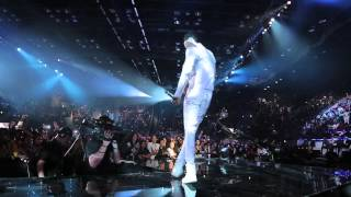 Diamond & Davido performing Number One Remix at the  MTV Music Awards 2014