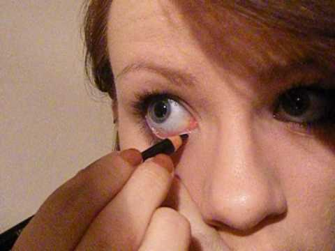 How To: Apply Eyeliner to Your Waterline and Upper Waterline