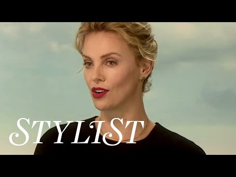 Charlize Theron and Amanda Seyfried on A Million Ways To Die In The West
