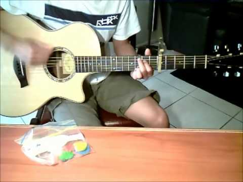 Ours by Taylor Swift (guitar cover) with CHORDS + STRUMMING PATTERN