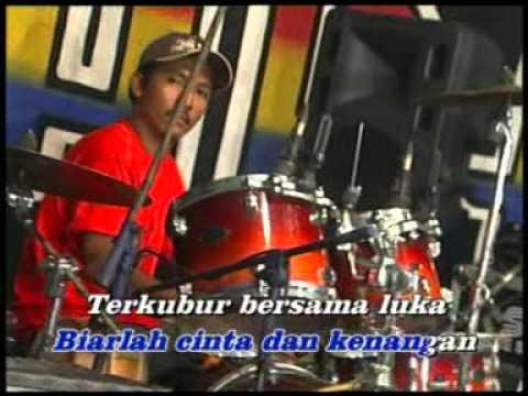 Evie Tamala - Akhir Sebuah Cerita [Official Music Video]
