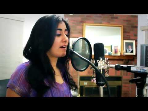 Pani Da Rang (acoustic Cover) - Aakash Gandhi (feat Jonita Gandhi) video