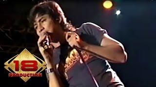 Ungu - Tak Terulang  (Live Konser Tasikmalaya 16 Desember 2006)