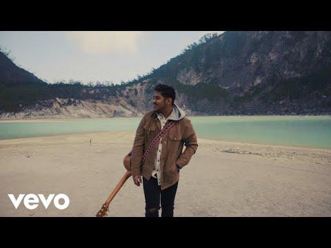 Download Ahmad Abdul - Coming Home    Mp4 baru