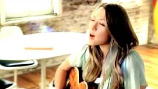 Watch Colbie Caillat Kiss The Girl video