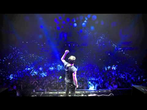 Priyanka Chopra - In My City (r3hab & Zroq Remix) video