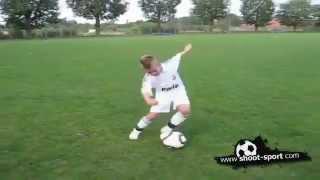 طفل يمتلك مهارات كريستيانو رونالدو