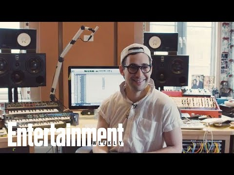 Step Into Jack Antonoff's Pop Laboratory, Where He Makes The Music Happen | Entertainment Weekly