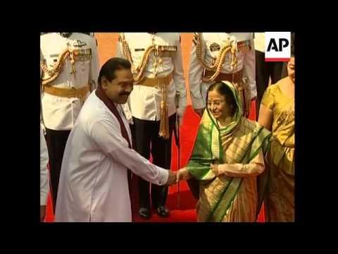 Sri Lankan President  Rajapakse meets Indian PM Singh