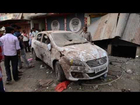 Gas explosion in Petlawad in India leaves at least 89 dead in a restaurant