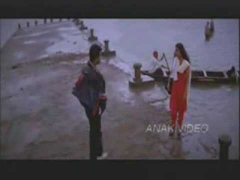 Alaipayuthey I Love You video