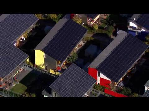 Recursos renovables y no renovables - Documental HOME (Recopilación)