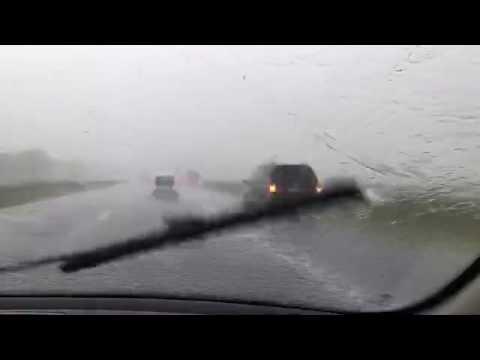 Noodweer op de snelweg (DvhN 21/07/2016)