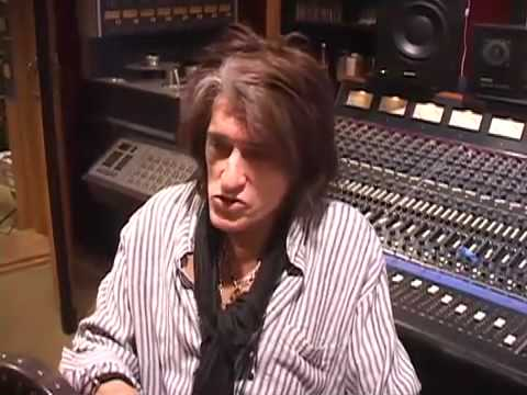 Joe Perry talks 2009 Tour with ZZ Top and the 2009 Rock N Roll Hall of Fame