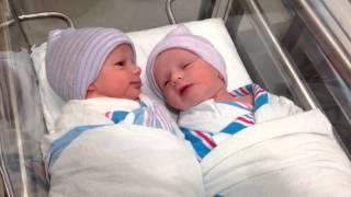 ඉපදිලා පැයක් වත් නෑ කොහොමද දෙන්නගේ කියවිල්ල..Newborn one hour old twins have first conversation